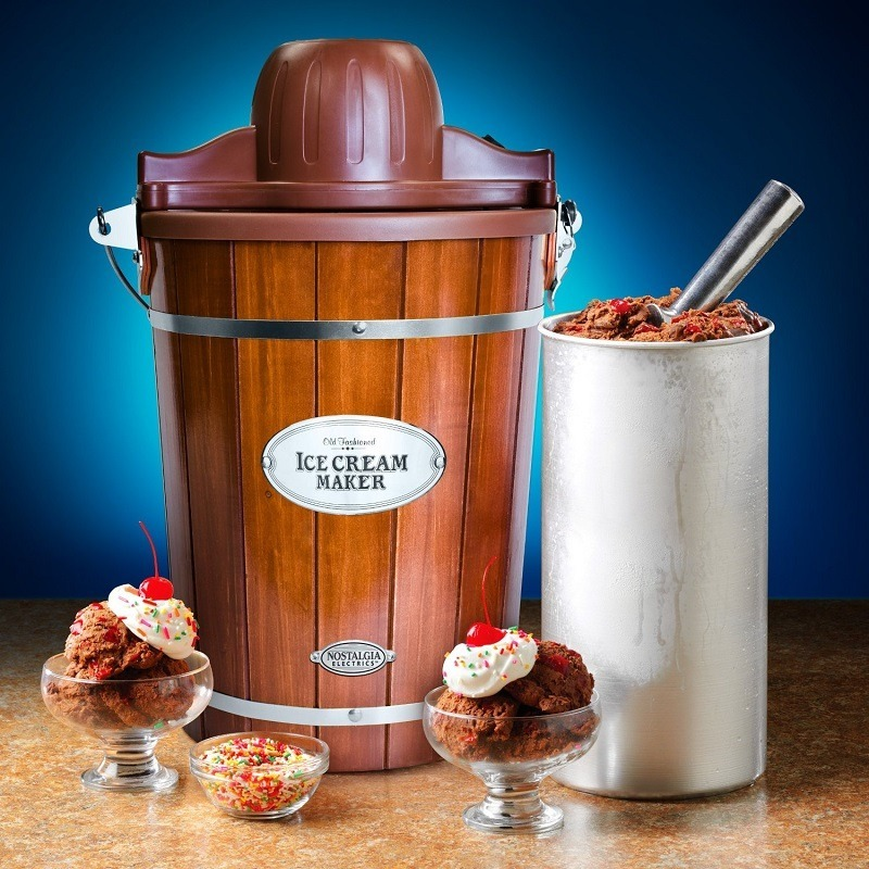 Nostalgia Electrics ICMP600WD Ice Cream Maker, 6-Quart